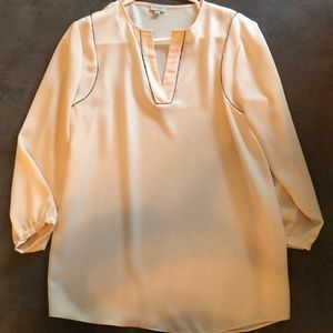 Cremieux size small cream blouse